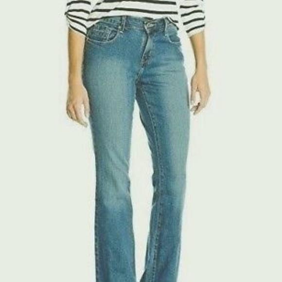 Classic Pants Poshmark Cut 12 Curve Levi's Bold Boot Levis Jeans wq0AIRI